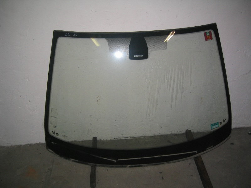 Laguna II  01-07 | čelní sklo