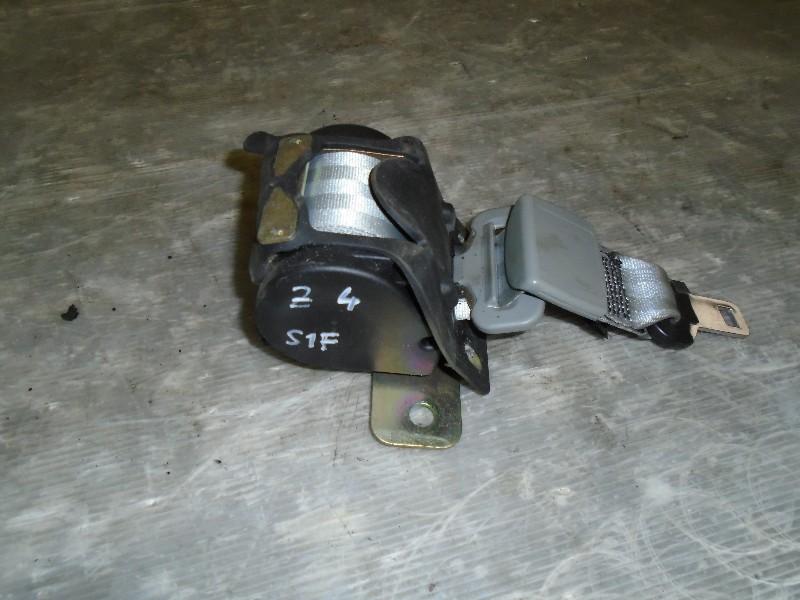 Scenic  99-03 | navíječ pásu zadní střed