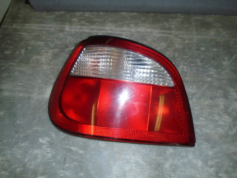 Megane I facelift 99-02   lampa zadní LZ