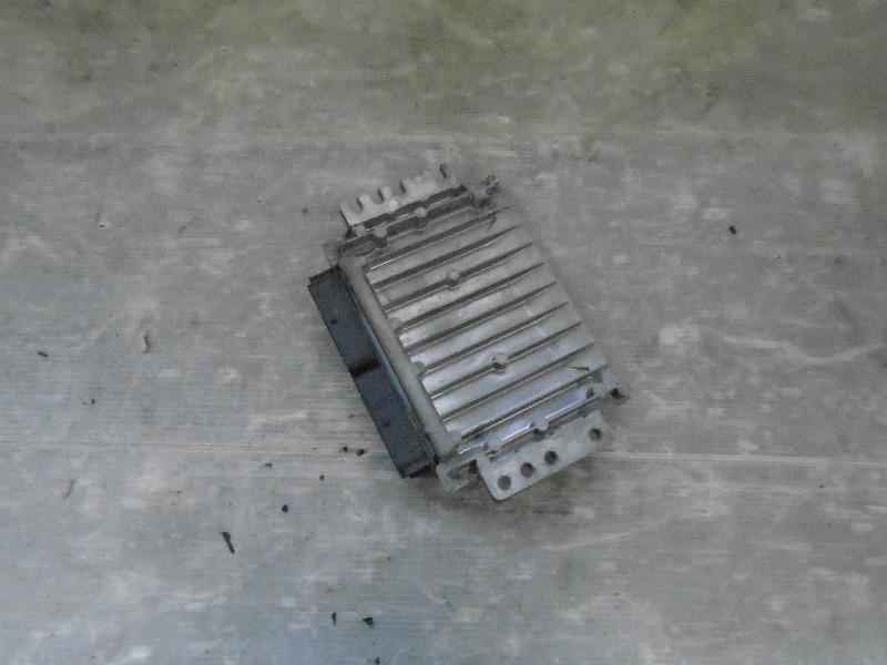 Megane I facelift 99-02 | řídící jednotka motoru pro K4J