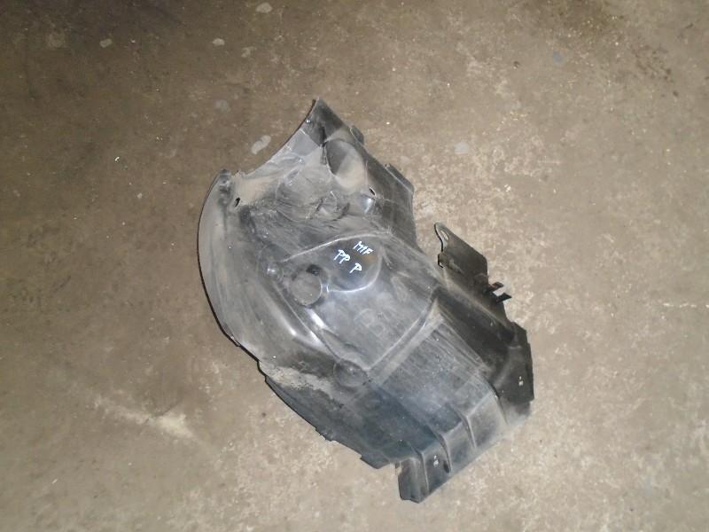 Megane I facelift 99-02 | plastové nadkolí PP přední