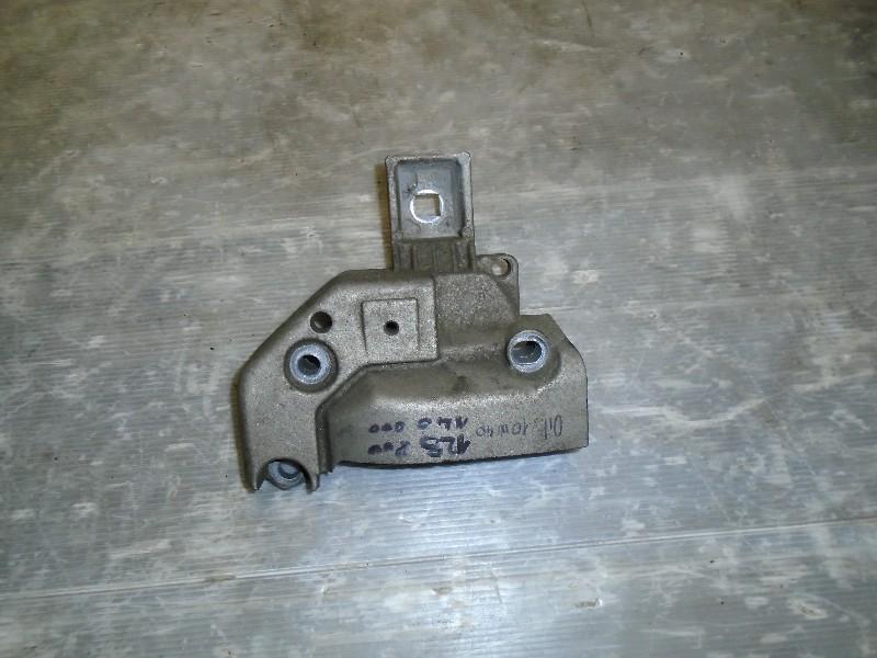 Megane I facelift 99-02 | držák motoru horní P