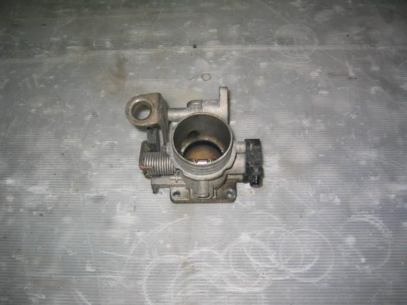 Megane I  96-99 | škrtící klapka pro K7M
