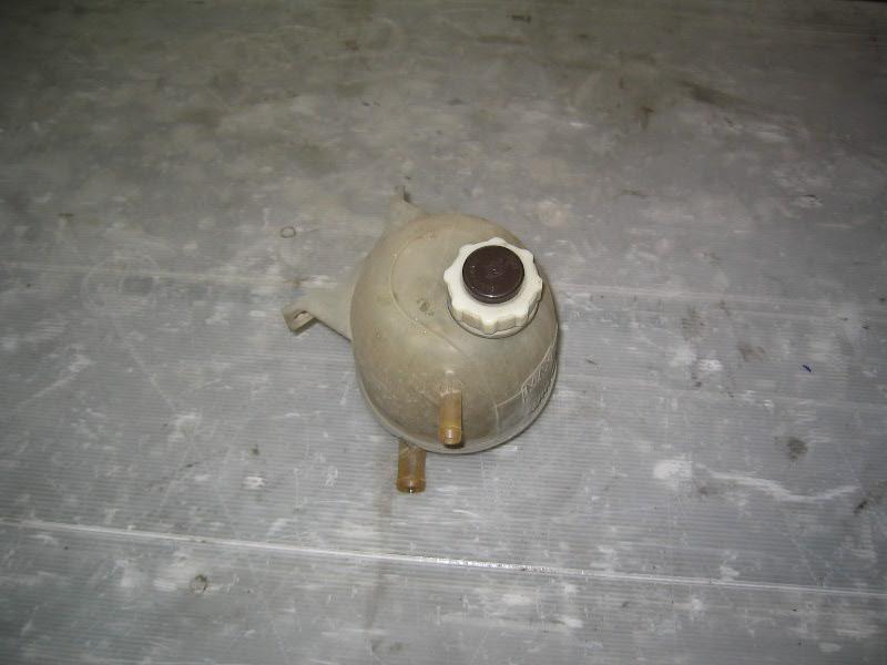 Megane I  96-99 | expanzní nádobka