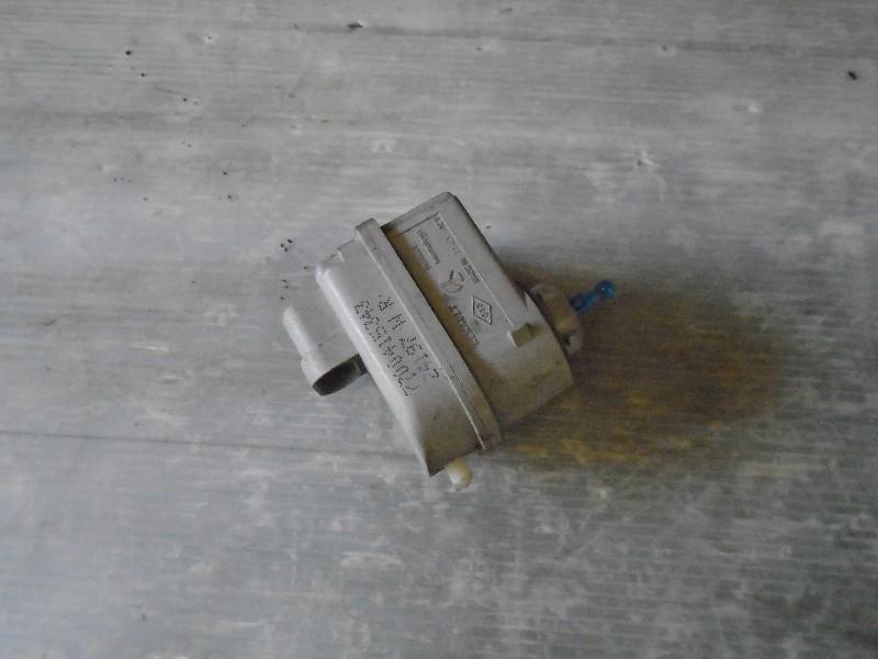 Twingo 92- | motorek ovládání světlometu