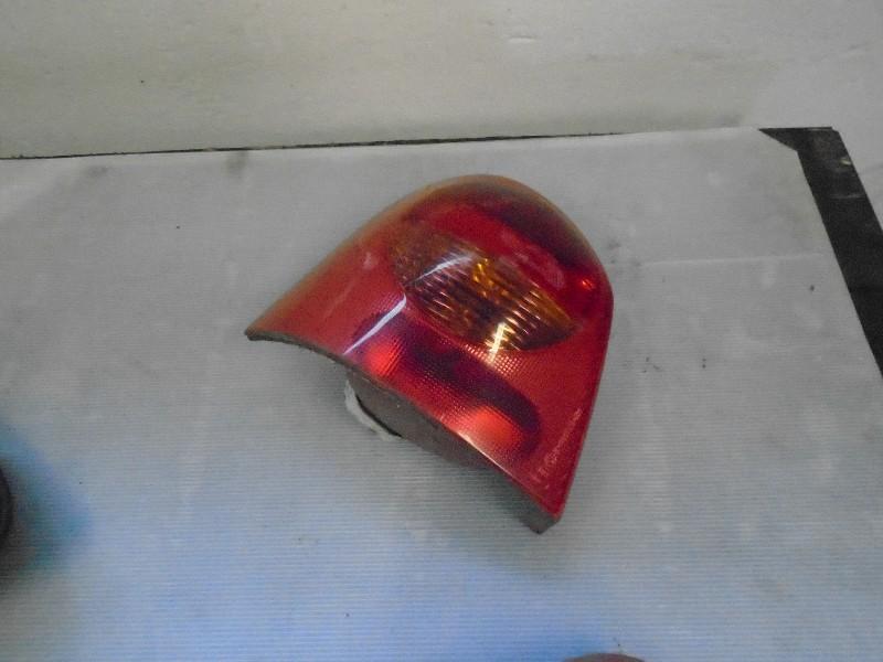 Twingo 92- | zadní světlo L
