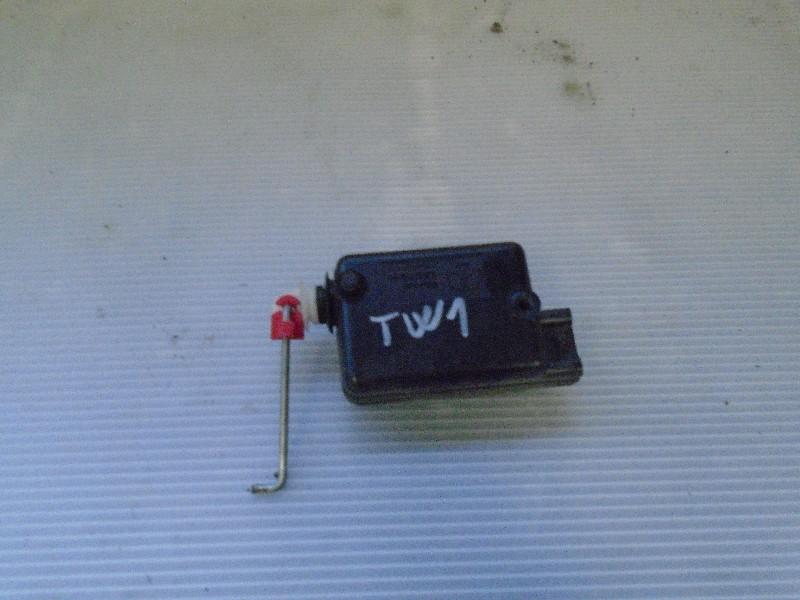 Twingo 92- | motorek centrálu