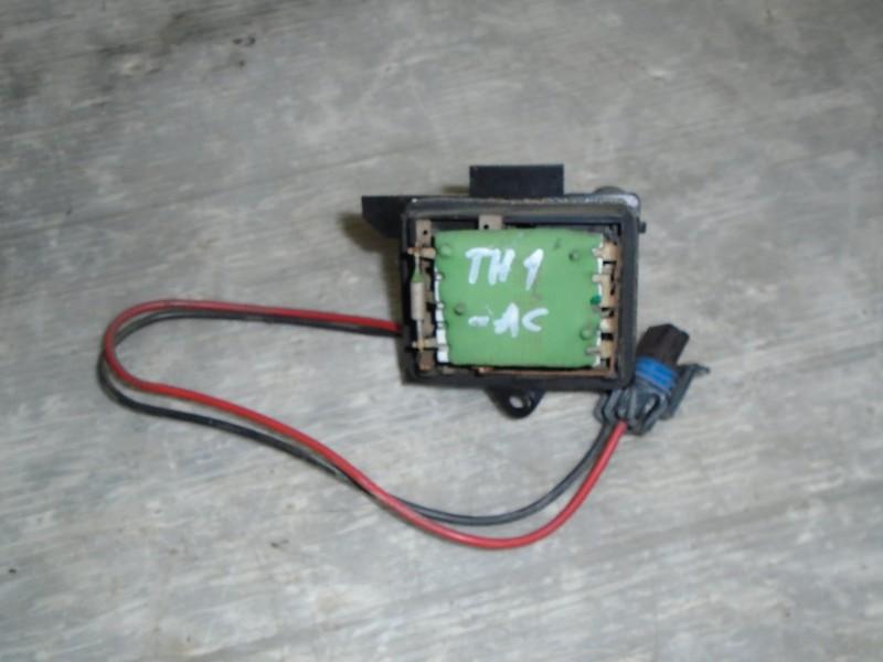 Clio II  98-05 | odpor topení -AC