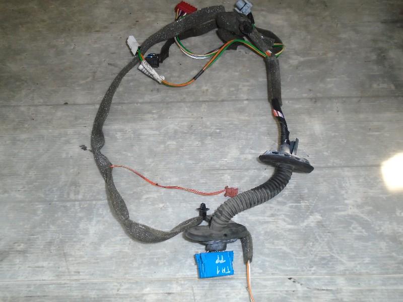 Clio II  98-05 | kabelový svazek dveří PP