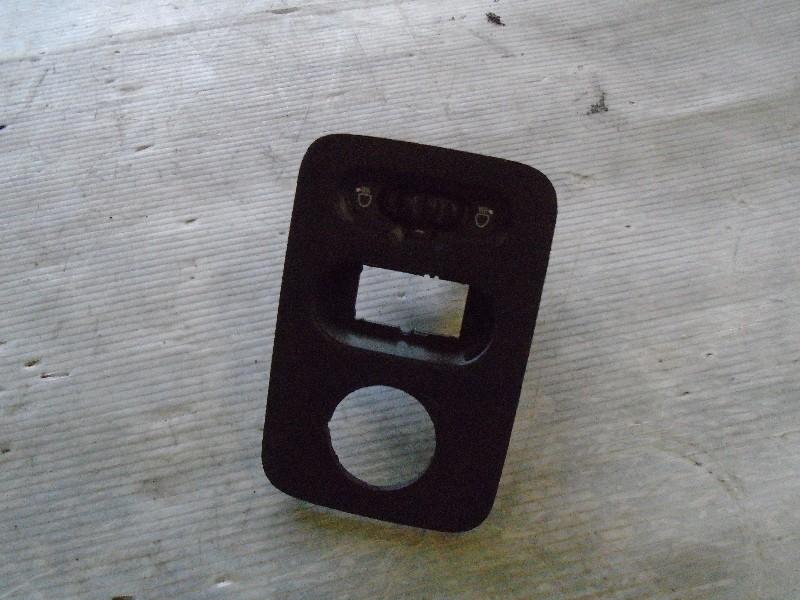 Clio II  98-05 | ovládání sklonu světlometů