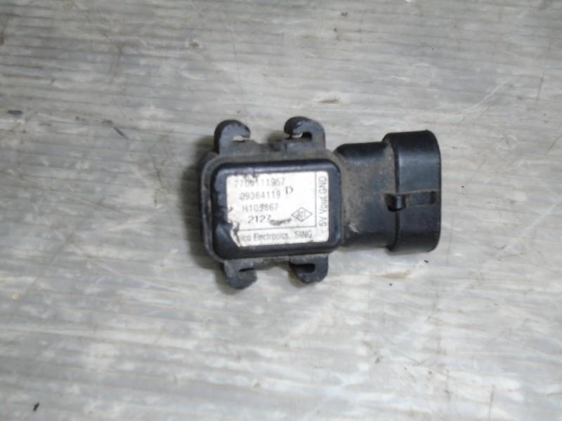 Clio II  98-05 | snímač absolutního tlaku v sacím potrubí
