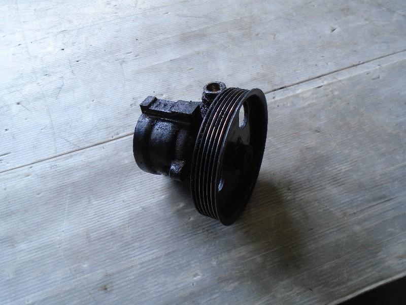 Clio II  98-05 | servočerpadlo pro D7F