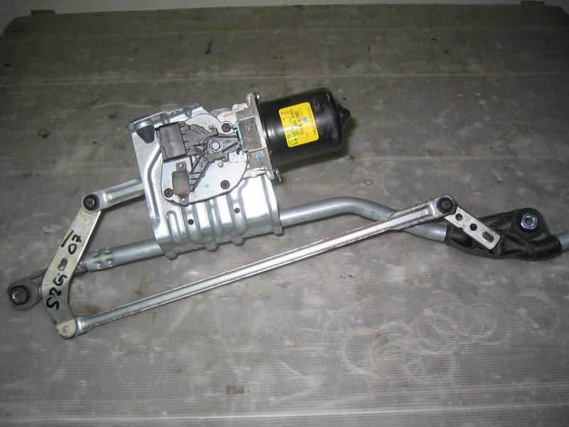 Grand Scenic II 04-09   motorek stěračů včetně přepákování