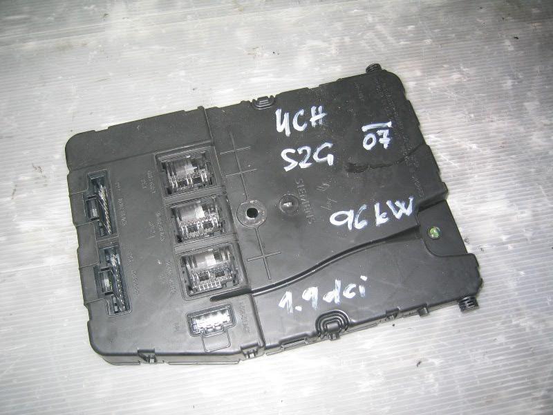 Grand Scenic II 04-09 | UCH komfortní jednotka