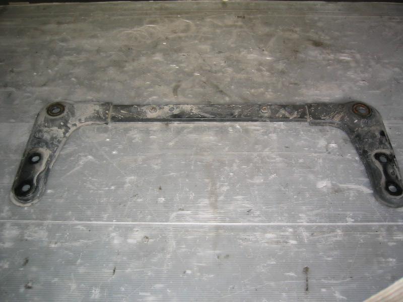 Grand Scenic II 04-09 | příčka pod chladičovou stěnu