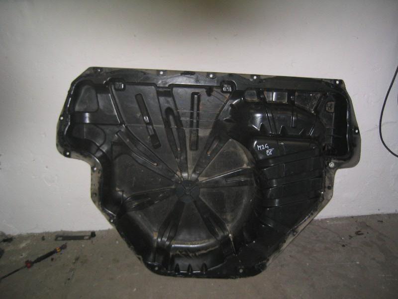 Megane II grandtour | plastová podlaha kufru-vana
