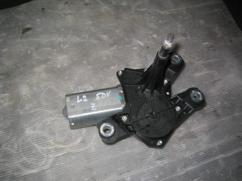 Laguna II  01-07 | motorek stěrače zadní