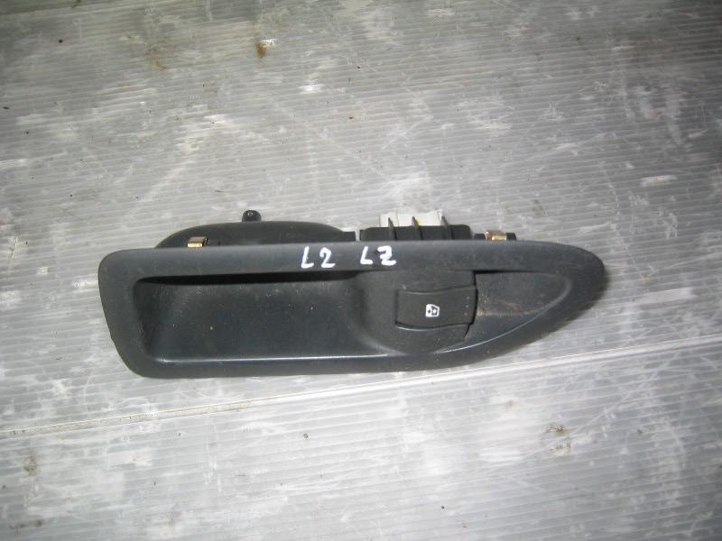 Laguna II  01-07 | ovládání stahování okna LZ- spínač
