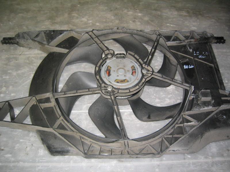 Laguna II  01-07   ventilátor chladiče-sahara