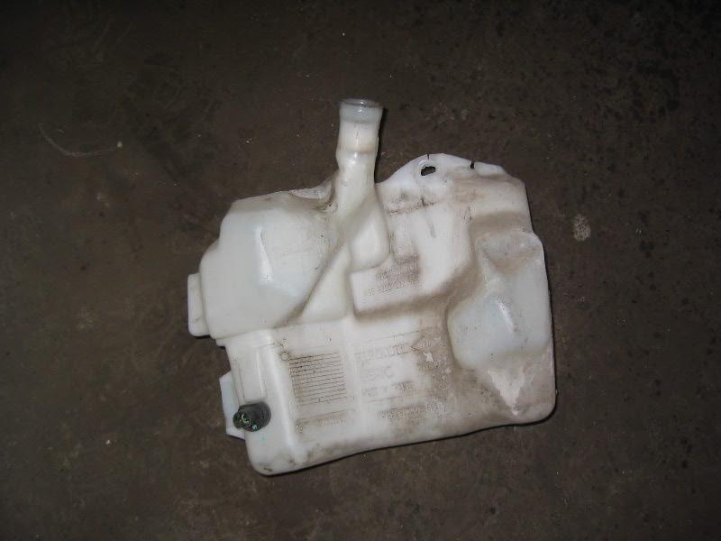 Laguna II  01-07 | nádobka ostřikovačů